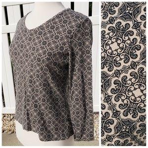 100% Pima cotton long sleeve casual top geometric